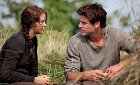 Liam Hemsworth and Jennifer Lawrence in The Hunger Games