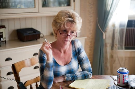 Melissa Leo As Overbearing Mother