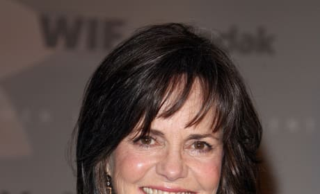 Sally Field To Play Opposite Daniel Day-Lewis in Lincoln