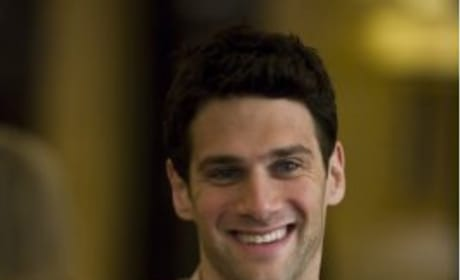 Justin Bartha as Doug Billings