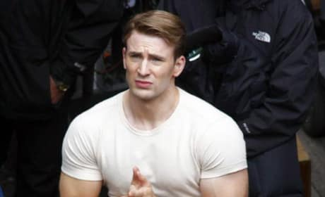 First Look at Chris Evans and Hayley Atwell on the Set of Captain America!