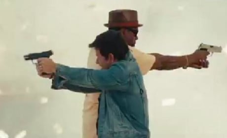 2 Guns Featurette: Mark Wahlberg & Denzel Washington Fight Crime & Each Other
