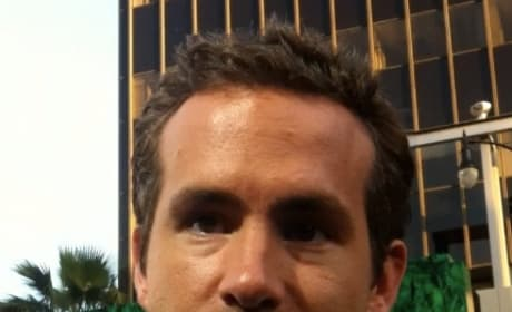 Ryan Reynolds on The Green Lantern Red Carpet