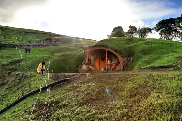 Hobbit Set Construction 1