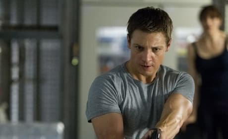 The Bourne Legacy: Jeremy Renner Talks Matt Damon Differences