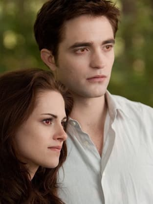 Bella and Edward in Breaking Dawn Part 2