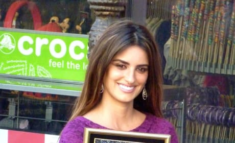 Penelope Cruz Gets Star on Walk of Fame
