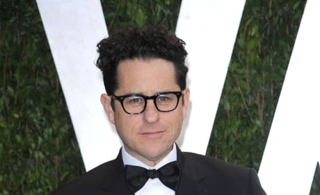 Star Wars Episode VII: J.J. Abrams & Lawrence Kasdan Official Screenwriters