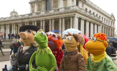 Muppets Most Wanted: Kermit & Miss Piggy Explore Europe