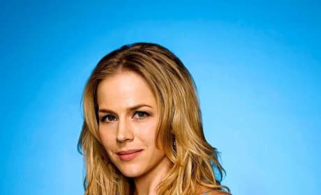 Julie Benz to Play Lead in Saw V