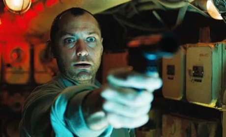 Black Sea Review: Jude Law Goes Deep