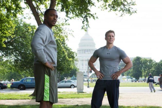 Chris Evans and Anthony Mackie work out!