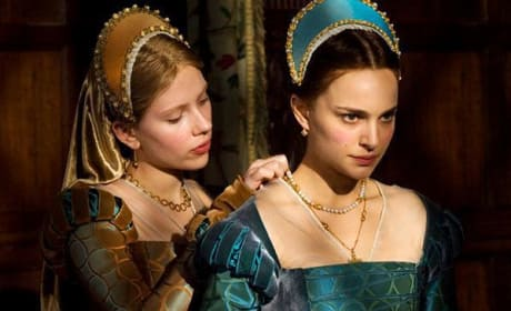 Natalie Portman and Scarlett Johansson Dish on The Other Boleyn Girl