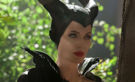 Maleficent: Angelina Jolie Talks Vivienne's Screen Debut & If Kids Want to Act