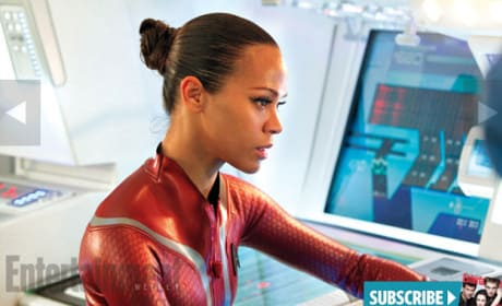 Zoe Saldana Star Trek Into Darkness Still