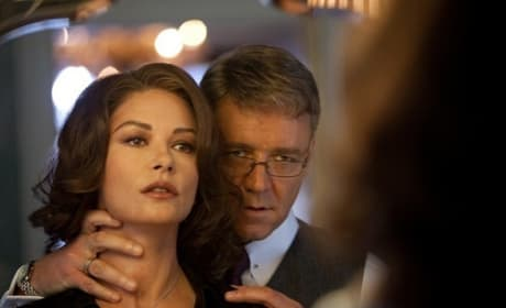 Broken City Review: Mark Wahlberg & Russell Crowe Clash