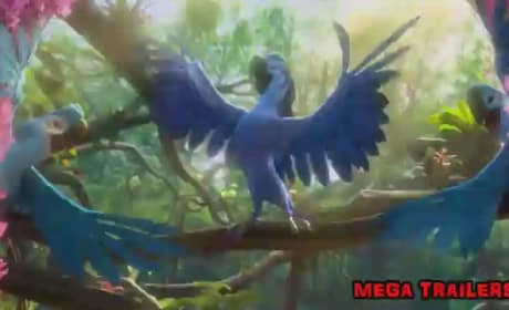Rio 2 Clip: Bruno Mars Sings to Anne Hathaway!