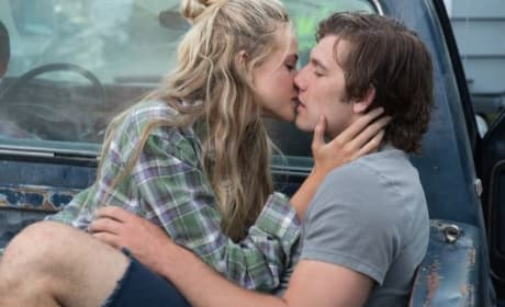 Alex Pettyfer Endless Love Gabriella Wilde