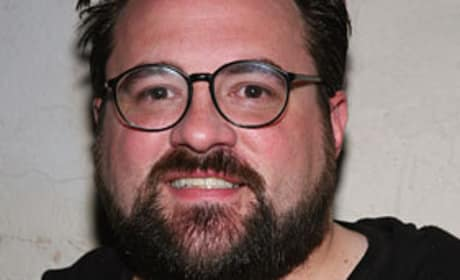 Kevin Smith Promises Full Frontal!
