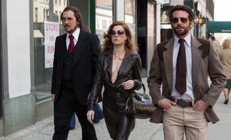 American Hustle Review: Boogie Down and Out