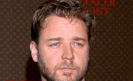 Dual Roles Ahead for Russell Crowe in Nottingham