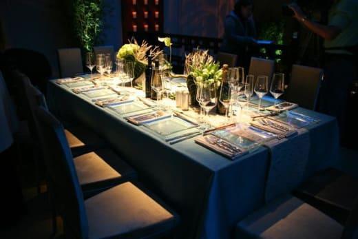 Oscar table setting
