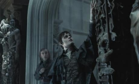 Johnny Depp Stars in Dark Shadows