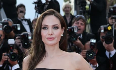 Angelina Jolie Becomes Sleeping Beauty Villain