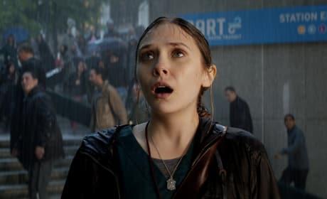 """Godzilla: Elizabeth Olsen Shares """"Eye-Popping"""" Experience"""