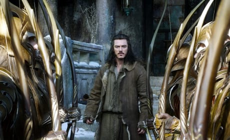 The Hobbit The Battle of the Five Armies Photos: Luke Evans Ready for War!