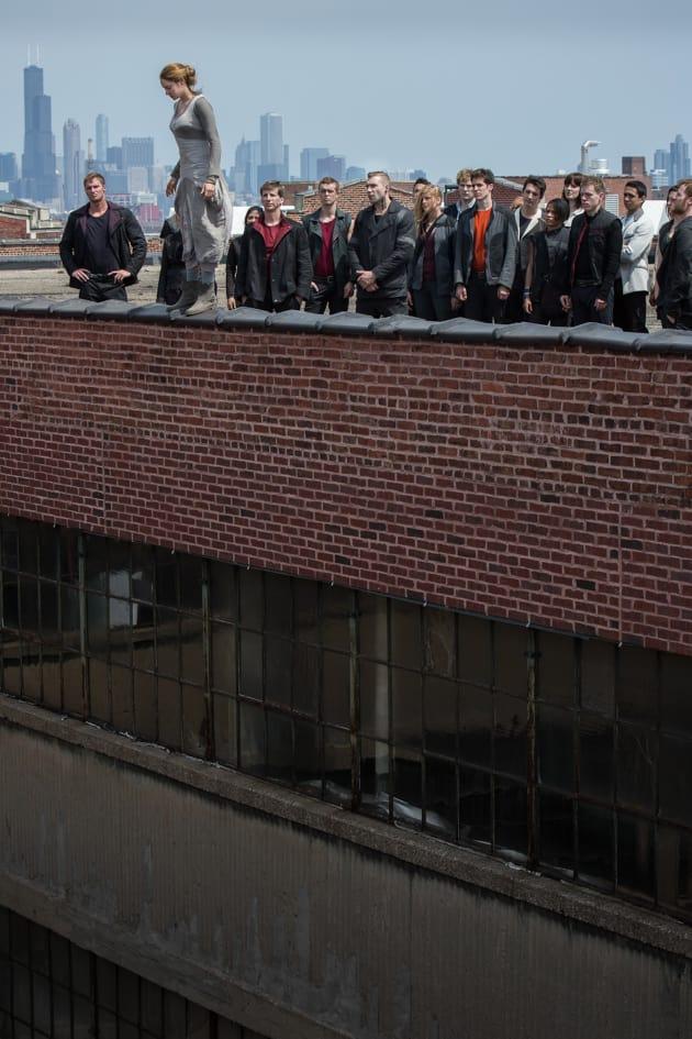 Shailene Woodley Divergent Still