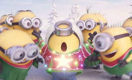 Minions Holiday Photo