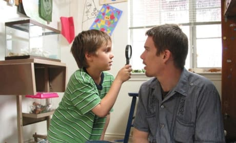 "Boyhood: Ethan Hawke Dishes ""Real Story About a Real Family"""