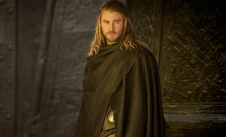 Thor The Dark World Stills: Asgard Gets Close-Up