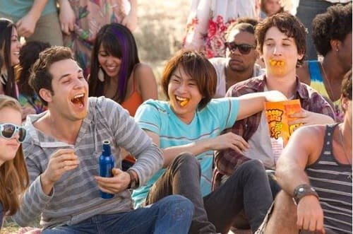 Skylar Astin and Miles Teller in 21 and Over