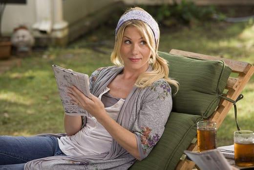 Christina Applegate as Corinne