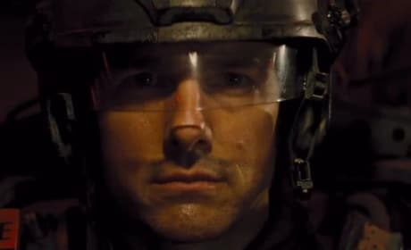 Tom Cruise Stars in Edge of Tomorrow
