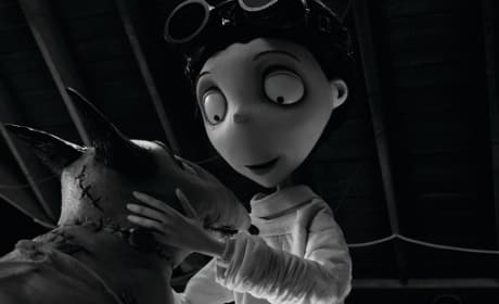 Frankenweenie Review: Tim Burton Scores with Passion Project