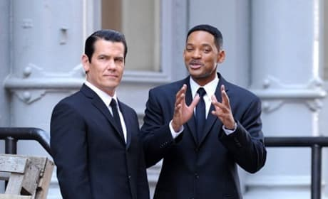 Will Smith and Josh Brolin on MIB3 set