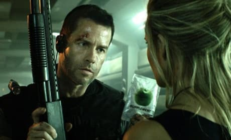 Lockout Star Guy Pearce