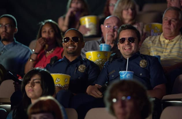 Let's Be Cops Stars Damon Wayans Jr. Jake Johnson
