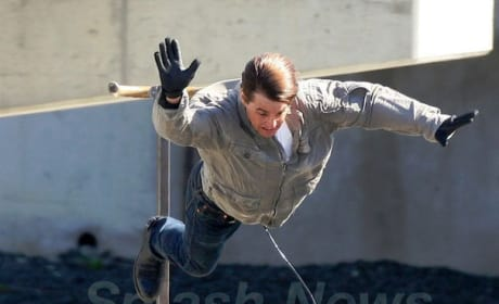 Tom Cruise Can Fly!