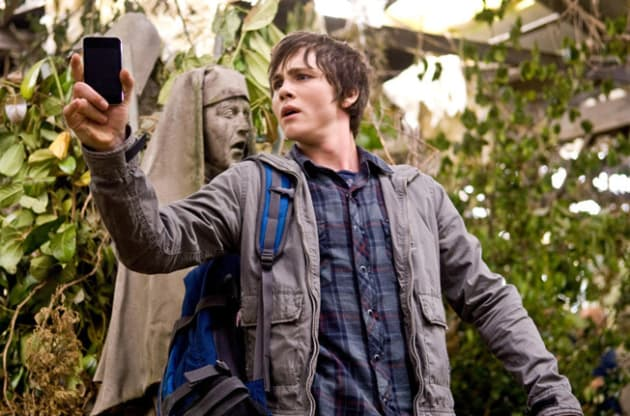 Percy Jackson Can't Get Cell Phone Reception