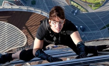 Tom Cruise Stars in Ghost Protocol