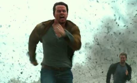 Transformers Age of Extinction Mark Wahlberg and Jack Reynor