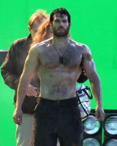 Henry Cavill on Man of Steel Set