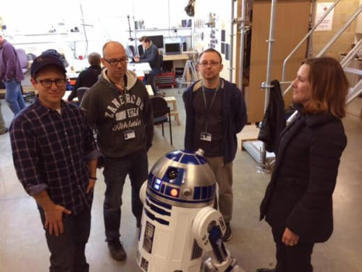 Star Wars Episode VII R2D2 Workshop