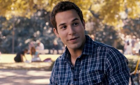 Pitch Perfect 2: Skylar Astin Will Return!