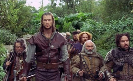 Snow White and the Huntsman: Hemsworth and Theron Pics