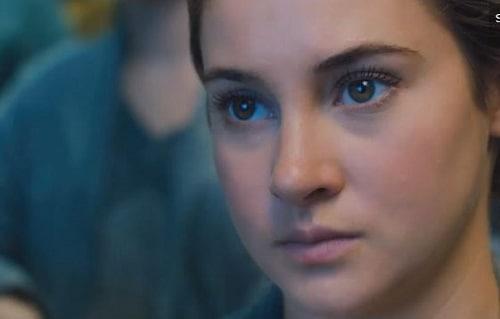 Shailene Woodley Stars in Divergent
